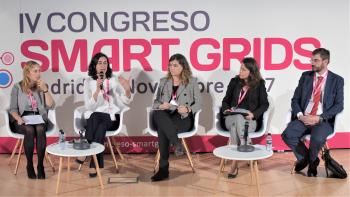 Susana Banares - Jefa Departamento Gestion Demanda y Redes Inteligentes - REE - Detalle Mesa Redonda - 4 Congreso Smart Grids
