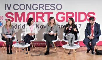 Alicia Carrasco - Directora General - olivoENERGIA- General Mesa Redonda - 4 Congreso Smart Grids