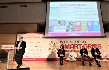Roberto Gonzlez - UPGRID Project Coordinator - Iberdrola - General Ponencia - 4 Congreso Smart Grids