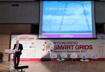 Santiago Blanco - Director and Area Manager Energy DNV-GL - General - Ponencia Magistral - 4 Congreso Smart Grids