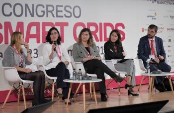 Susana Banares - Jefa Departamento Gestion Demanda y Redes Inteligentes - REE - General Mesa Redonda - 4 Congreso Smart Grids