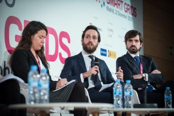 Juan-Valcarcel-Hogan-Lovells-Mesa-Redonda-3-5-Congreso-Smart-Grids-2018