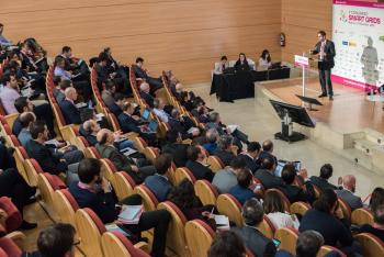 Matthieu-Mounier-Schneider-Electric-Ponencia-1-5-Congreso-Smart-Grids-2018