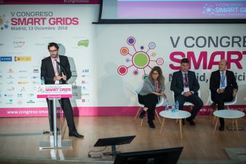 Matthieu-Mounier-Schneider-Electric-Ponencia-2-5-Congreso-Smart-Grids-2018