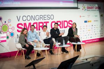 Grupo-Mesa-Redonda-2-5-Congreso-Smart-Grids-2018