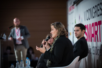 Nuria-Avalos-Repsol-Energia-Mesa-Redonda-2-5-Congreso-Smart-Grids-2018