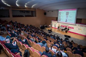 Publico-General-Mesa-Redonda-1-5-Congreso-Smart-Grids-2018