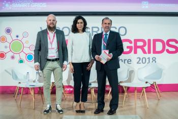 Stefan-Junestrand-Susana-Banares-Norberto-Santiago-Clausura-1-5-Congreso-Smart-Grids-2018
