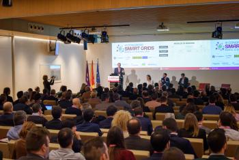013-12-Publico-Ponencia-6-Congreso-Smarts-Grids-2019