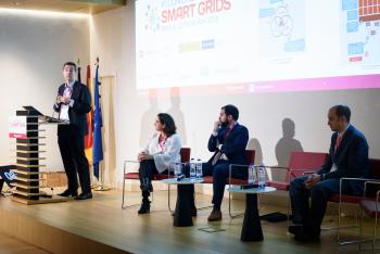 013-43-Txetxu-Arzuaga-Ibil-Ponencia-6-Congreso-Smart-Grids-2019
