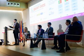 016-50-Javier-Matanza-Univ-Comillas-Ponencia-6-Congreso-Smart-Grids-2019