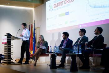 016-61-Haritz-Zubia-Ariadna-Grid-Ponencia-6-Congreso-Smart-Grids-2019