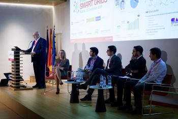 016-70-Benito-Perez-Lacroix-Ponencia-6-Congreso-Smart-Grids-2019