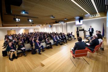 017-14-Publico-Gral-Mesa-Redonda-6-Congreso-Smart-Grids-2019