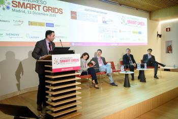 019-40-David-Barrio-Viesgo-Ponencia-6-Congreso-Smart-Grids-2019