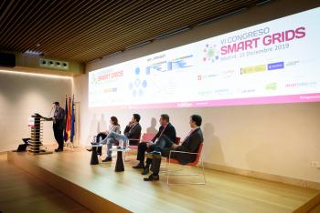 019-44-David-Barrio-Viesgo-Ponencia-6-Congreso-Smart-Grids