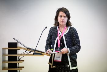 021-22-Alicia-Carrasco-Entra-Ponencia-6-Congreso-Smart-Grids-2019